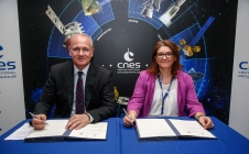 "[Press] [#SpaceBourget17] CNES supporting legal research to ""invent the future of space"""